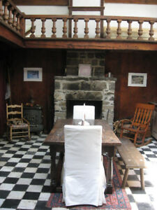 Beautiful Small Stone Cottage -- Mont-Saint-Hilaire, QC