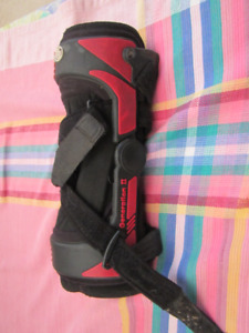 Knee Brace Generation II Trainer  Or GII Trainer