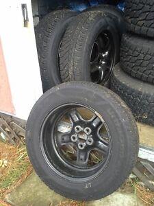 225/65R17 Goodyear UltraGrip Winter Tires & Rims with Sensors