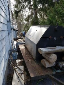 Trailer - BBQ - NEED GONE