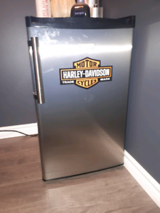 Cuisinart Mini Fridge