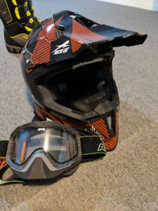Snowmobile clothing, boots, helmet, motorfist, Arctic Cat
