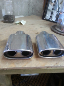 Dual stainless exhaust tips