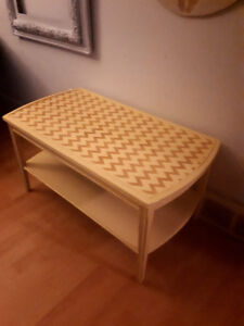 Restored wooden coffee table - cream with Chevron pattern
