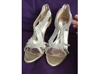 Diamant�� heels from Dune