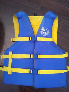 Life jackets Personal Floatation Device for boat, canoe or kayak