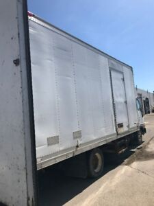 selling 19 ft long reefer box in good shape