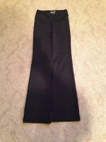 Size 3 triple flip yoga pants