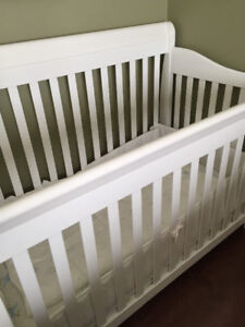 Crib, mattress, bumper a sheet