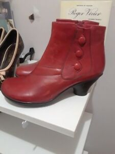 Red MizMooz boots