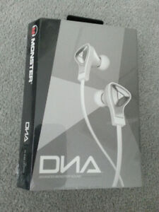 Monster DNA in ear head phones