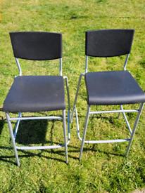 2 x bar stools / kitchen stools