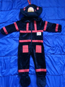 Size 2T-4T (Fits more like a 3T) Fireman's Costume for Sale!