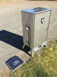 Smoker,Vermont castings,fish,meat,propane,stainless,moose,deer