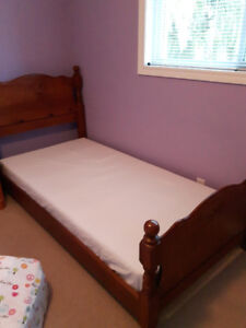 2 Solid Maple Twin Beds