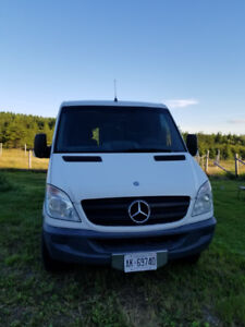 2011 Mercedes-Benz Sprinter 2500 Standard Roof