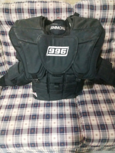 Simmons 996 chest protector