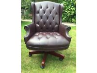Chesterfield Style Captains Swivel Office Chair