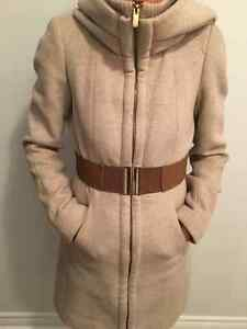 ** BEAUTIFUL WOOL BLEND COAT SIZE SMALL *** West Island Greater Montréal image 1