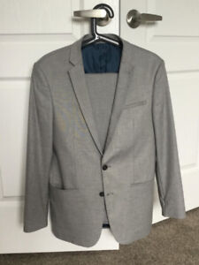 ZARA Light Grey Suit (Size 36 Blazer + Size 31 Trousers)