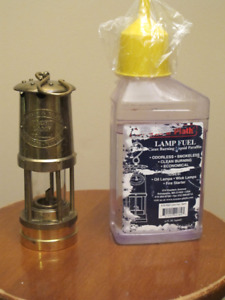 Weems & Plath Mini Yacht Oil Lamp (Brass)