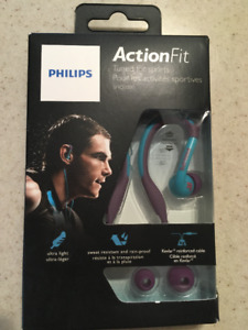 Phillips Action Fit Athletic Ear buds (1XP4)