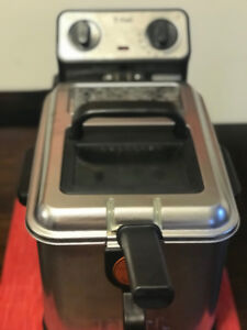 T-Fal Easy Pro Home Deep Fryer in Excellent Condition