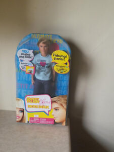 Ultimate Boyfriend - Ken Doll