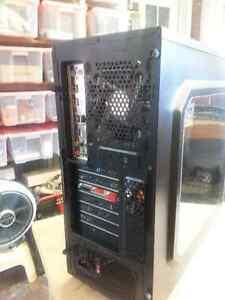 Custom - AsRock 970 Pro3 R2 - AMD Fx-4100 3.6 Ghz Quad Core Oakville / Halton Region Toronto (GTA) image 4