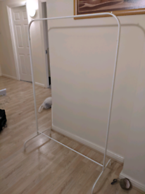 Free coat stand