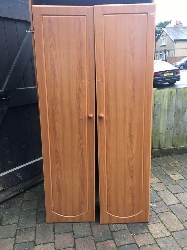 2-door wardrobe with hanging rail and shelf