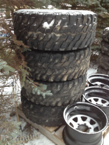 set of 4 hercules trail diggers mt tires 33x12.5 r15 mud tires