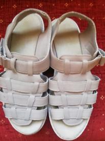 Brand new ladies skechers sandals