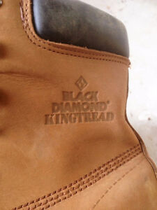 Mens Size 10 work boots London Ontario image 2