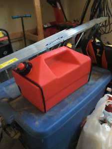 Neat cooler disguised as a gas can for sled, quad or any OHV