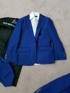 Boys 3 piece  suits. New condition size 5 n 7