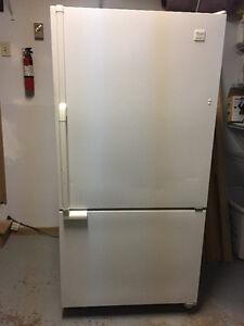 Large Refrigerator with bottom mount Freezer