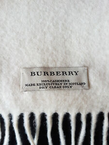 Burberry Authentic Cashmere Scarf Kitchener / Waterloo Kitchener Area image 1