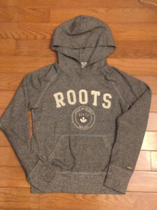 ROOTS Salt & Pepper Pullover Hoodie Ladies XS. Mint Condition