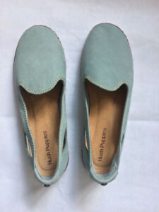 Hush Puppies Casual Blue Flats - BRAND New (Never Worn)