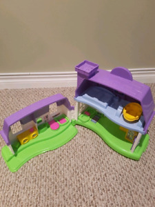Little People Happy House