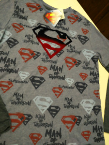 Boys size 14/16 Superman shirt...BRAND NEW WITH Y