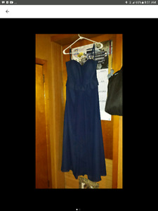 BRIDESMAID/ OR PROM DRESS SIZE LARGE