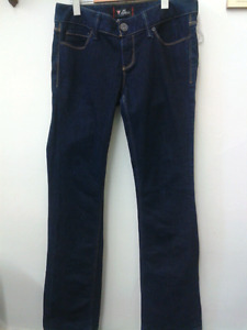 Guess jeans size 28 at Second Stage