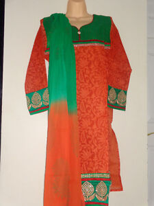 Ethnic Indian Shalwar suits, Anarkali, Chudidaar, Kurta/Kurti