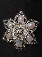 Brandnew Flower Czech Crystal Wedding/Bridal Brooches