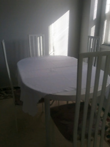 WHITE DINNING TABLE, 4 CHAIRS