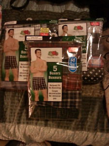 BRAND NEW FRUIT OF THE LOOM MENS  BOXERS