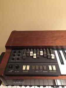 Korg CX3 Organ hammond