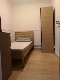 Single room mileend/ flat share